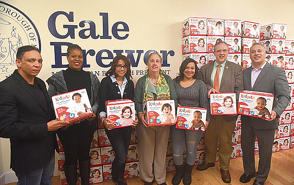 This week Manhattan Borough President Gale A. Brewer and Food Bank For New York City celebrated the delivery of thousands ...