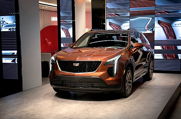 At Cadillac House in Manhattan today, Cadillac unveiled the first-ever XT4, an all-new compact SUV tailored for the next generation ...