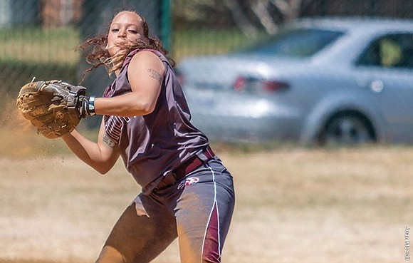 Shontel Linnette excels at any location on the softball diamond – pitching, catching, infield, outfield, and certainly in the right-handed ...