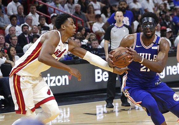 Joel Embiid had trouble with his new mask.