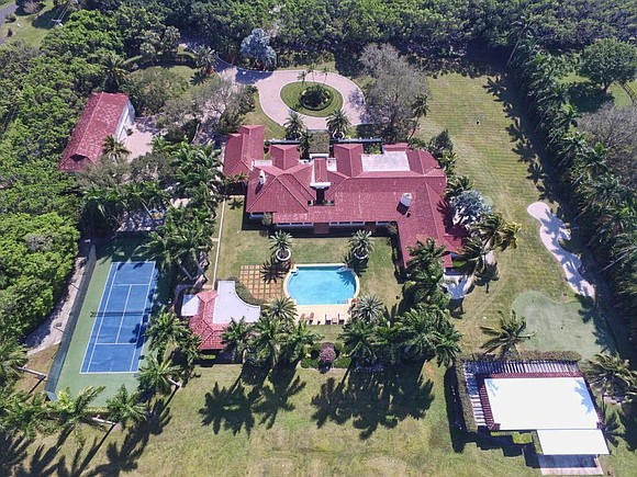 Chris Evert, former world tennis champion, is selling her 5.23-acre tennis estate in Boca Raton, Florida, setting the price at ...