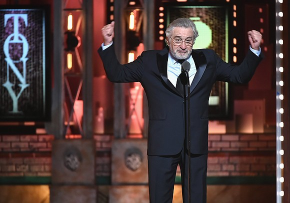 A day after he took a swipe at President Donald Trump, Robert De Niro has apologized -- not to the ...