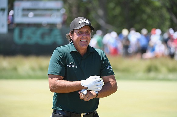 "Phil Mickelson's ""putt-gate"" shenanigans at Shinnecock created a firestorm that will haunt his legacy on a tumultuous and controversial third ..."