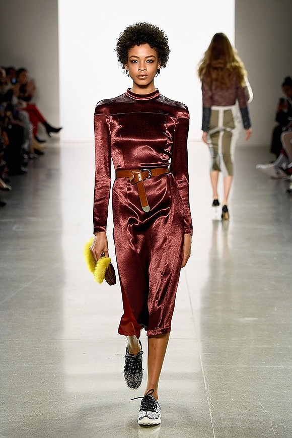 New York based designer Vivienne Hu's design concept caters to women who have a strong sense of independence and a ...