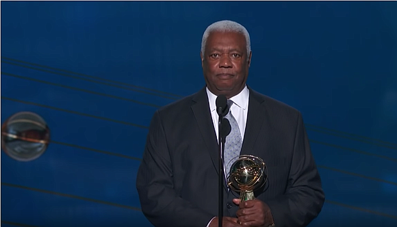 Oscar Robertson, endearingly referred to as the Big O to generations of basketball fans, is in the view of many ...