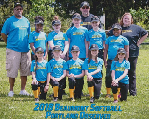 The 2018 Beaumont Little League Portland Observer softball team.