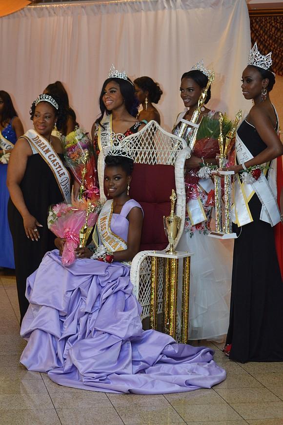 Rofiat Abodunrin, a 19-year-old Nigerian, a high school senior and an aspiring model, was crowned Miss Dream Castle 2018 at ...