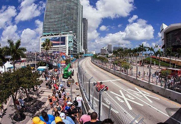 Formula One has hit the brakes on a proposed 2019 race in Miami, shelving plans until at least 2020.