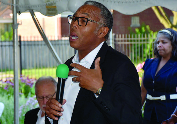 Alderman Howard B Brookins Jr. represents the Chicago's 21st Ward and recently hosted a Small Businesses Networking event at Aubrey's ...