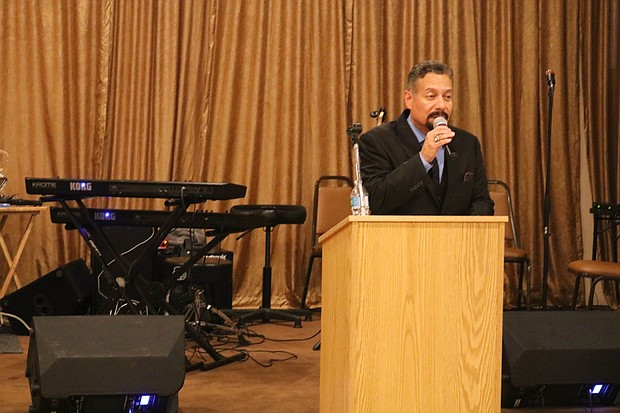 Master of Ceremony, radio personality Joe Soto offers remarks at the annual NAACP Banquet.