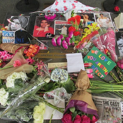 Shrine for Aretha Franklin at the Apollo Theater