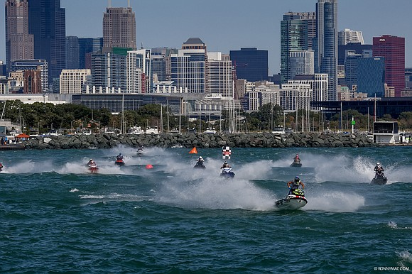 This weekend of September 1, Chicago's 31st Street Harbor is set to throw up some challenges and turn up the ...