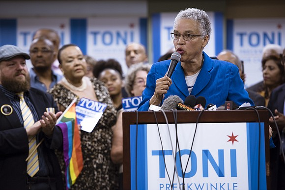 It's difficult to keep track of who is currently running for Mayor of Chicago, even more so now that incumbent ...