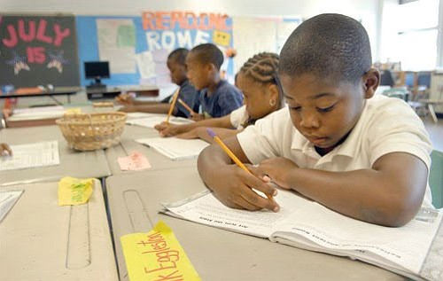 Los Angeles County students made modest gains in English and math achievement compared..