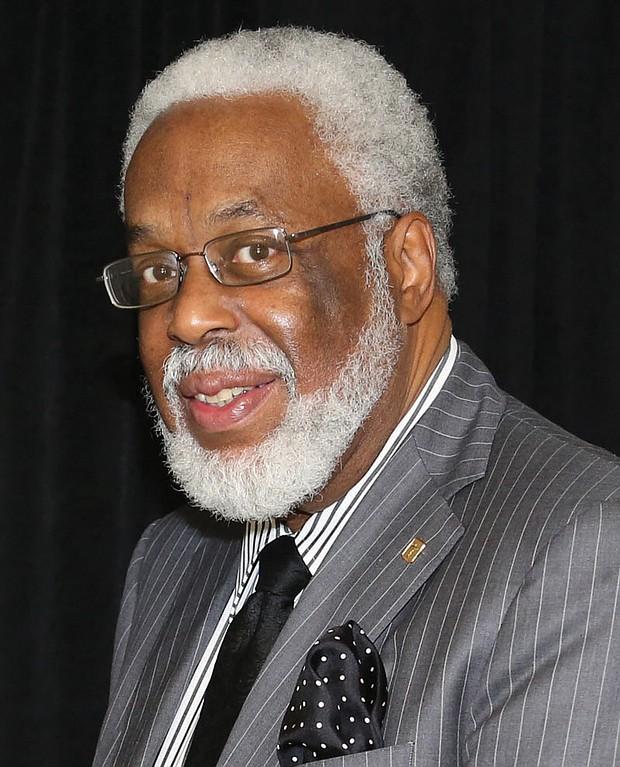 Dr. Leonard Edloe