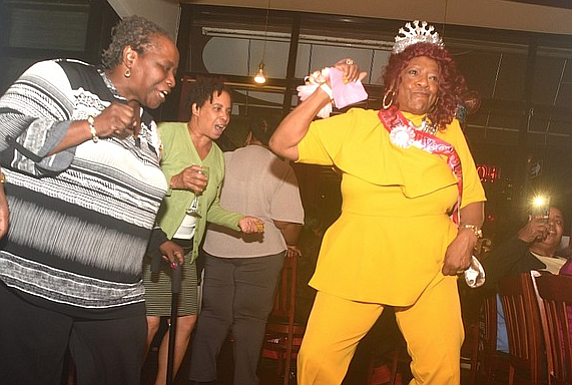 At a sprightly 76 years young, clinical social worker Phyllis Thomas partied like a young 'un at Harlem's Nabe Lounge ...