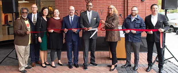 The SOPHY Hyde Park is now open for business after an official ribbon cutting ceremony was held. The brand new boutique hotel is located at 1411 E. 53rd St. near the University of Chicago. Photo Credit: SOPHY Hyde Park