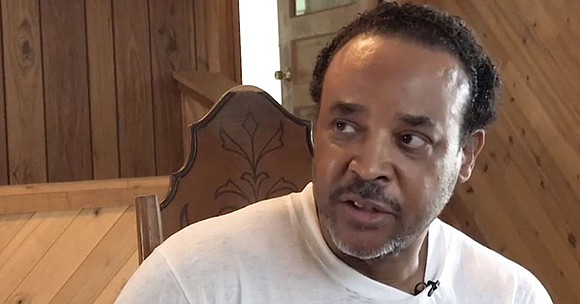 Karle Robinson, a 61-year old African-American man from Kansas, was recently handcuffed by a police officer when he was moving ...