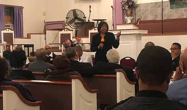 Alderman  Michelle Harris Address Community At An Emergency Community Meeting was recently hosted at Bethlehem Star Missionary Baptist Church where 6 people were shot following the funeral of Vantrease R. Criss. Photo Credit: Katherine Newman