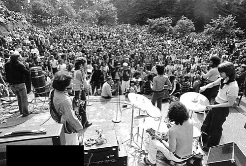 Overtime play at Mt. Tabor Park. Band members included Dan Fincher, Rick King, Richard Burdell, Shirley Nanette, Ron Marracini, Danny Osborne, and Glenn Holstrom.