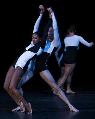 Bessie Award-winning and Tony-nominated choreographer Donald Byrd returns to Chicago with his company Spectrum Dance Theater, presented by the Dance Center of Columbia College Chicago January 31–February 2, 2019 at the Dance Center, 1306 S. Michigan Ave., Chicago.
