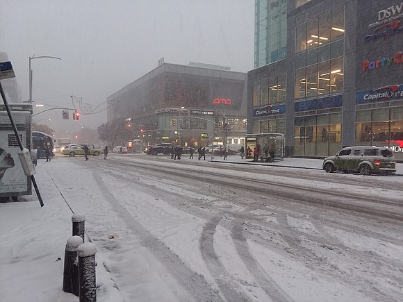 Snow began falling in New York around 8:30 a.m. Tuesday. Snowfall is expected to be steady across NY and New ...