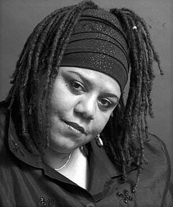 Novelair Nova Peele, Singer