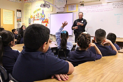 A proposed contract would formalize an arrangement between Portland Public Schools and Portland Police Bureau to expand School Resource Officer ...