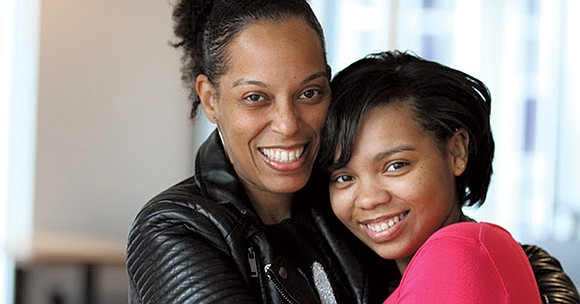 A mother and 16-year-old daughter are taking the virtual assistant industry by storm..