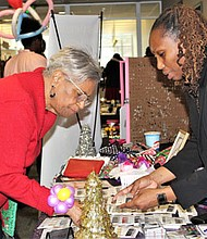 Ida C. Neal and vendor Regina Knight (Color Street)