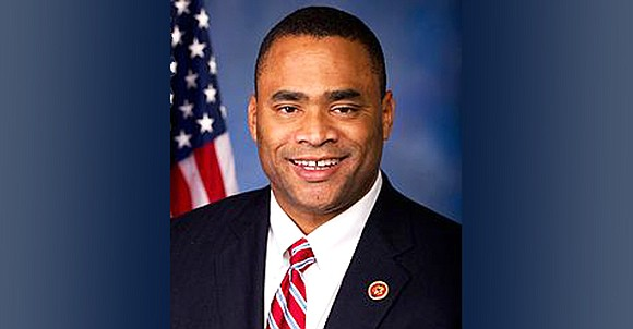 On Wednesday, Congressman Marc Veasey introduced the Diverse Small Businesses Empowerment Act to permanently cut the upfront Small Business Administration ...