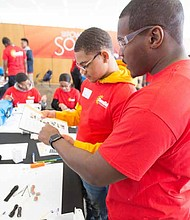The fourth annual Solar Spotlight program, hosted by ComEd, will celebrate Black History Month by exposing African American students from Chicago to science, technology, engineering, and math