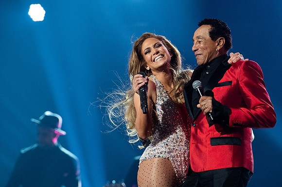Before they even hit the stage Sunday night at the Grammys for a tribute to Motown, Smokey Robinson was defending ...
