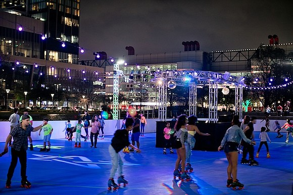 Houston's first outdoor roller rink returns for a third season at Discovery Green, the 12-acre park in the heart of ...