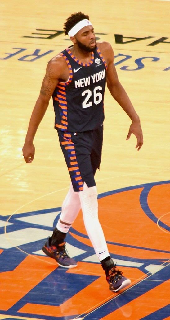 reputable site 4a730 7c09b Led by youngsters, the Knicks experience the joy of winning ...