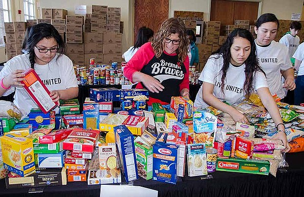 The seventh annual April Food Day is in full swing from now until April 18th. The annual food collection event addresses food insecurity in the south-southwest suburbs. Photo Credit: United Way of Metro Chicago/ Chicago Southland Convention and Visitors Bureau