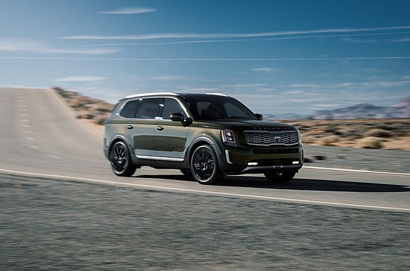 Kia may have hit on the right product at the right time with its all-new 2020 Telluride, a midsize but ...