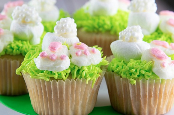 This Easter, satisfy guests of all ages with festive cupcakes modeled after the Easter bunny.