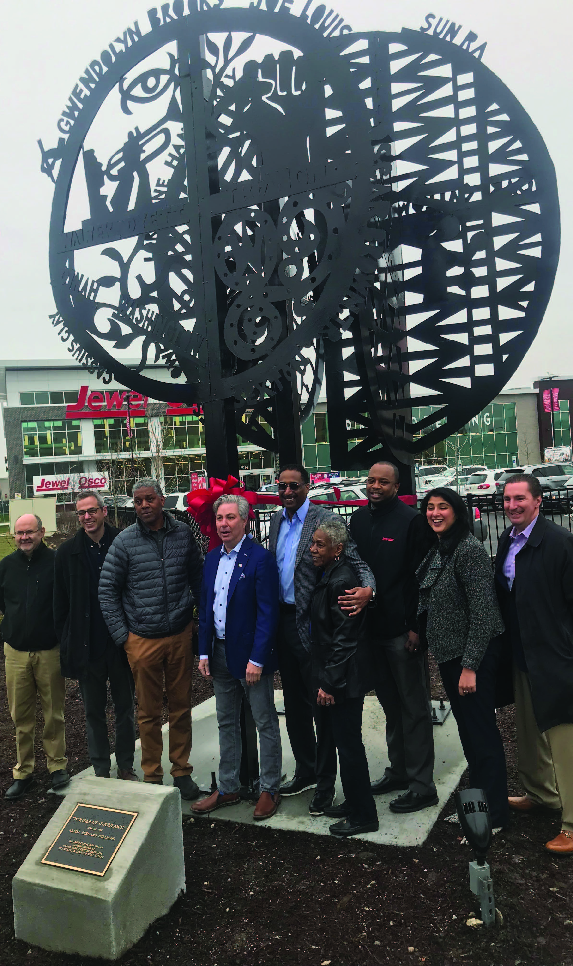 COMMUNITY DEVELOPERS AND RESIDENTS COME TOGETHER TO DEDICATE A NEW PUBLIC SCULPTURE