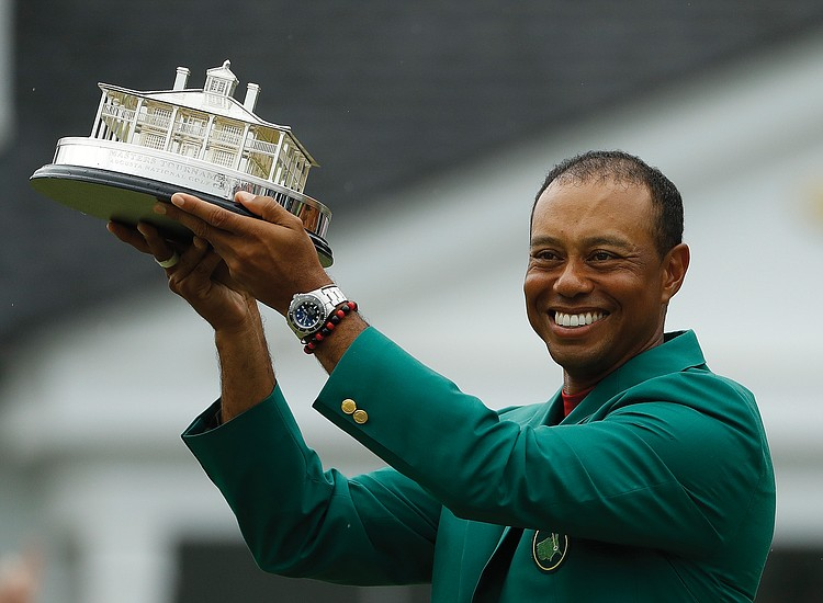 d2839616c Tiger Woods roars back to win Masters Tournament   Richmond Free ...