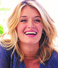 Aveeno® Haircare announces Daphne Oz, best-selling author and Emmy-winning television host, as its first-ever Brand Ambassador.