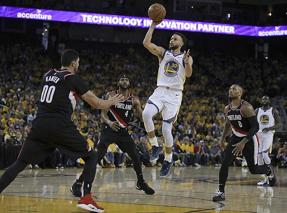 Stephen Curry finds his shooting touch in a hurry to get Golden State on a roll