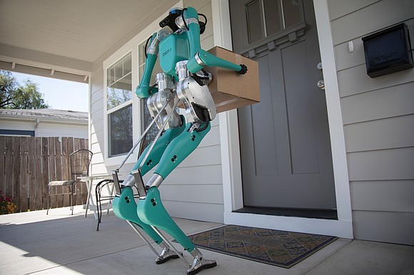 Ford, best known for its cars, pick-up trucks and SUVs, is experimenting with something totally different: a package-carrying robot.