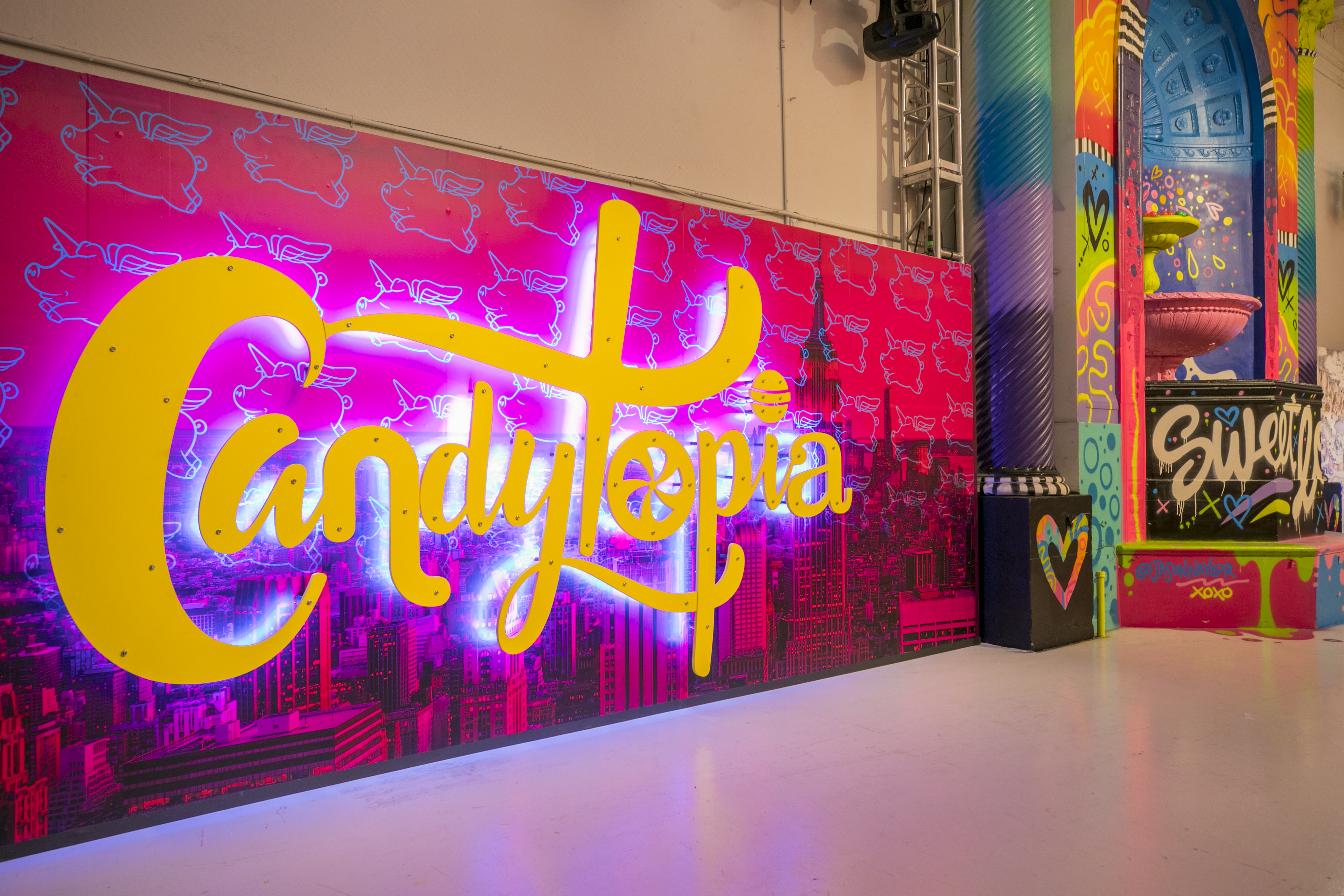 Tickets On Sale For Candytopia Houston Today At 12 Pm Ct Houston Style Magazine Urban Weekly
