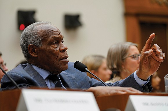 The debate over reparations catapulted from the campaign trail to Congress on Wednesday as lawmakers heard impassioned testimony for and ...