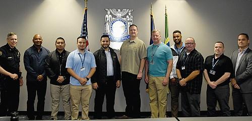 The Portland Police Bureau has hired a new group of nine Public Safety Support Specialists and five new Police Officers. ...