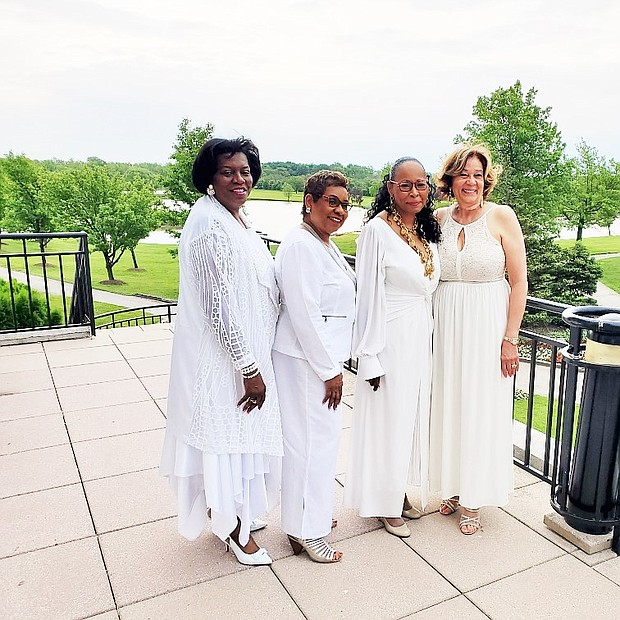 Pictured at the All White Affair are (L-R) Chip Johnson, Chicago Public Schools; Vivian Covington, Yvonne Williams: Dr. Blondean Davis, CEO Southland Charter Prep H.S.; Carolyn Palmer; SB SB Member (159) and Columnist, Andre Satchell, Trustee Matteson. . Photos by CRED.