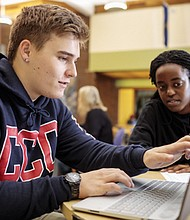 An entirely online-based business degree is new to students at Clackamas Community College.