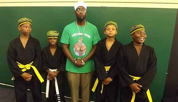 The Kufi Club of Chicago is a non-profit organization that addresses the cultural, career, academic, and social needs of at-risk ...