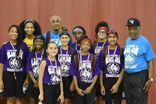Slam Jam Classic players with Clyde Murphy